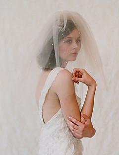 זול הינומות חתונה-שתי שכבות Japan and Korea Style הינומות חתונה צעיפי כתף עם קריסטלים / אבנים נוצצות טול