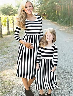 billige Sett med familieklær-Barn Mamma og meg Stripet 3/4 ermer Kjole