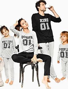 billige Sett med familieklær-Barn Familie Look Ensfarget / Bokstaver Langermet Tøysett
