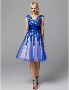 cheap Special Occasion Dresses-A-Line Illusion Neck Knee Length Lace / Tulle Cocktail Party / Prom Dress with Appliques / Sash / Ribbon by TS Couture®