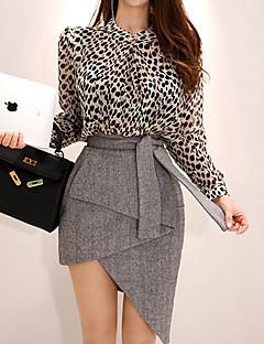 levne Dámské dvoudílné obleky-Dámské Základní Košile Jednobarevné / Leopard Sukně