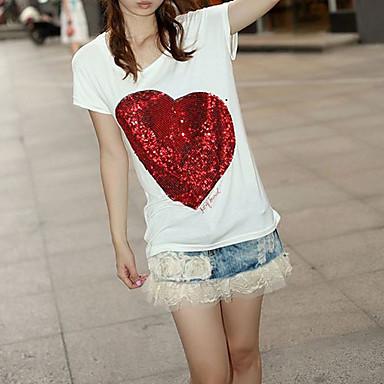 優雅な女性カジュアルなTシャツ