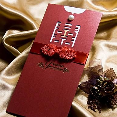 Folde og Pakke Bryllupsinvitationer Invitationskort-50 Stykke/Sæt Klassisk Stil Perlepapir 8.5*4 tommer (ca. 21*10cm) Sløjfer