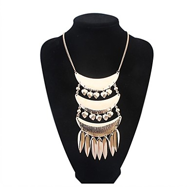 Women Personality Layers Arc Shape Heart Tassel Cluster Bib Statement Necklace