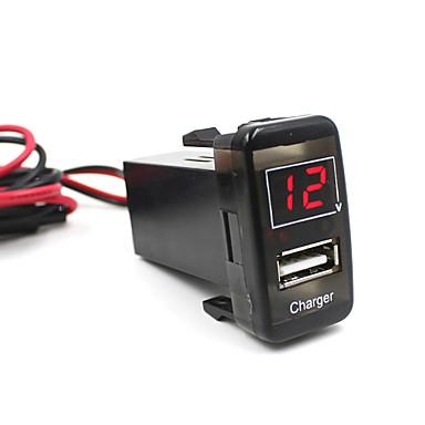 auto 5v 2.1a usb-portti kojelautaan volttimittari puhelimen laturiin toyota vigo erityistä