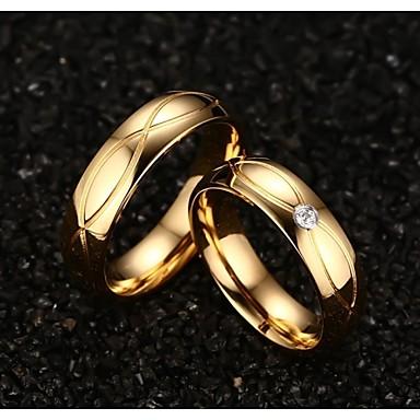 Pariskuntien Tyylikkäät sormukset pukukorut Titaaniteräs Gold Plated Korut Käyttötarkoitus Häät Party Päivittäin Kausaliteetti Urheilu