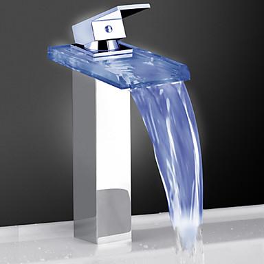 Moderne Bolleservant Foss Touch/ikke-touch LED Messing Ventil Enkelt Håndtak Et Hull Krom , Badekarskran Kjøkken Kran Baderom Sink