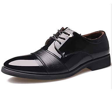 Miehet kengät Nahka Kevät Kesä Syksy Talvi Comfort Uutuus Oxford-kengät Kävely Solmittavat Käyttötarkoitus Häät Juhlat Musta Tumman ruskea