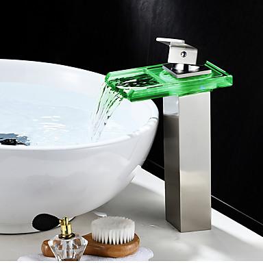 Mittellage Wasserfall LED-Anzeige Ein Loch Gebürsteter Nickel, Waschbecken Wasserhahn