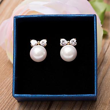 Dámské Náušnice Kubický zirkon minimalistický styl Pro nevěstu Napodobenina perel Zirkon Pozlacené Motýl Šperky Svatební Párty Zvláštní