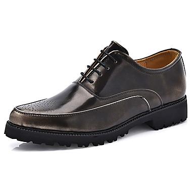 Miehet kengät PU Kevät Syksy Comfort Valopohjat Oxford-kengät Käyttötarkoitus Juhlat Musta Harmaa Punainen