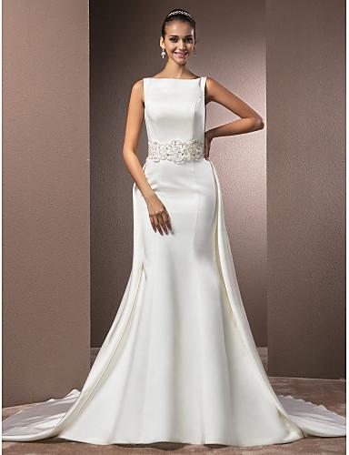 Havfrue Bateau Neck Katedralslep Sateng Egendefinerte brudekjoler med Perlearbeid av LAN TING BRIDE®