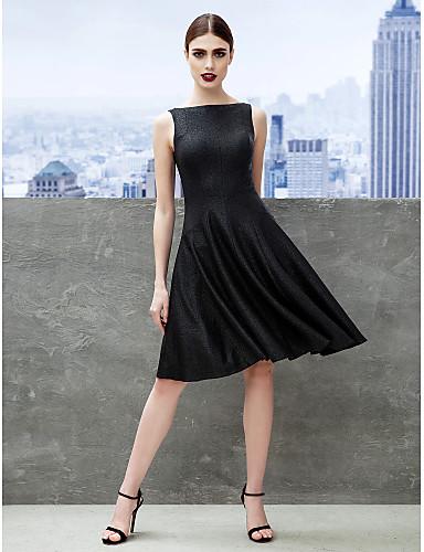 A-Linie / Leger & Aufgebauscht Bateau / Bateau Hals Knie-Länge Jersey Kleines Schwarzes Kleid Cocktailparty Kleid mit Plissee durch TS Couture®