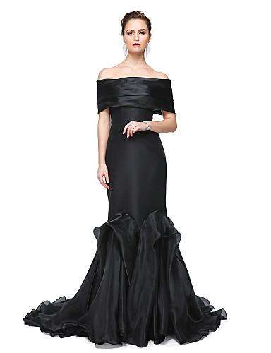 Havfrue Løse skuldre Gulvlang Elastisk sateng Formell kveld Kjole med Plissert av TS Couture®
