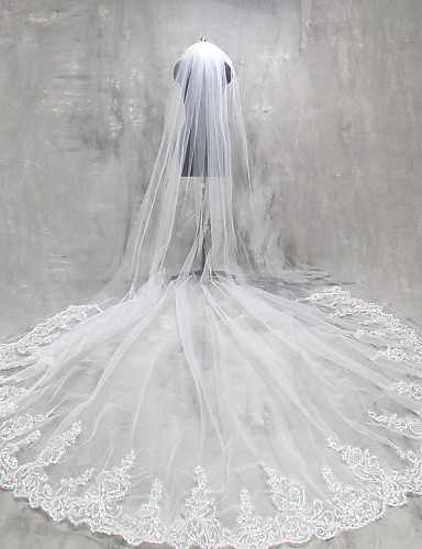 One-tier Lace Applique Edge Wedding Veil Cathedral Veils 53 Appliques Lace Tulle