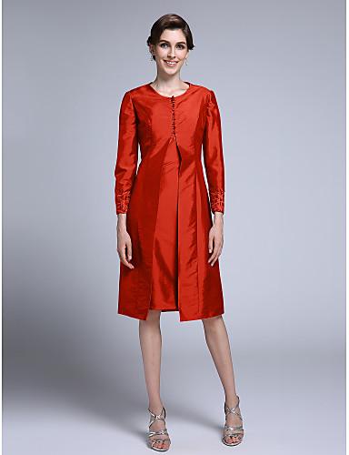 voordelige Wrap Dresses-Strak / kolom Scoop Neck Tot de knie Taffeta Bruidsmoederjurken met Appliqués door LAN TING BRIDE®