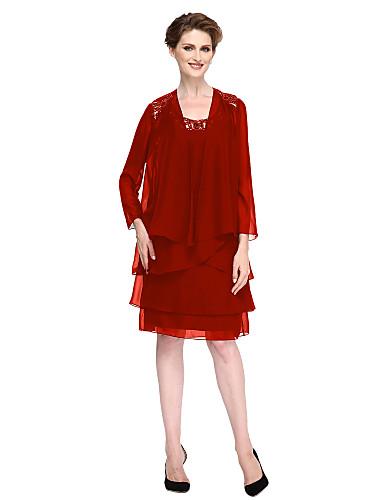 Ίσια Γραμμή Scoop Neck Μέχρι το γόνατο Σιφόν Φόρεμα Μητέρας της Νύφης με Χάντρες / Κρυστάλλινη λεπτομέρεια / Φούντα με LAN TING BRIDE®