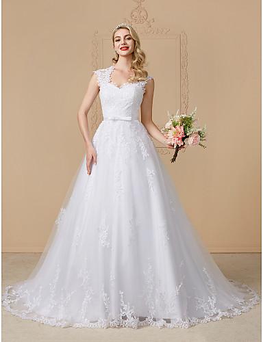 Corte en A Reina Anne Corte Encaje sobre tul Vestidos de novia hechos a medida con Pajarita / Apliques / Botones por LAN TING BRIDE®