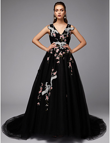 Hercegnő V-alakú Udvari uszály Csipke / Szatén / Tüll Vintage-inspirált Hivatalos estély Ruha val vel Hímzés által TS Couture®