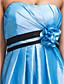 levne Šaty pro družičky-A-Linie Bez ramínek Ke kolenům Taft Šaty pro družičky s Šerpa / Stuha Květiny Boční řasení podle LAN TING BRIDE®