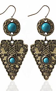 Dame 1 Dråbeøreringe Mode Legering Trekant Smykker Guld Sølv Bryllup Fest Kostume smykker