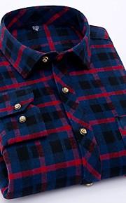 メンズプラスサイズのコットンシャツ - グラフィックシャツの襟