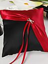 clasic roșu și negru inel perna de nunta