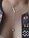 Dame Coliere Layered Cristal Picătură Pietre sintetice Aliaj La modă stil minimalist Bijuterii Pentru Ocazie specială Zi de Naștere