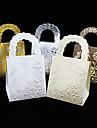 25pcs / loturi de mână de mână de nunta favorizează cutie caseta de ciocolată fluture și bomboane caseta de cadou caseta cadou de nunta decorare