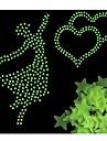 100 stks / zak glow in the dark speelgoed lichtgevende ster stickers slaapkamer sofa fluorescerende schilderen speelgoed stickers voor kinderkamer