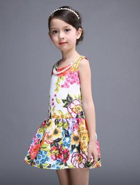 Feestelijke meisjeskleding